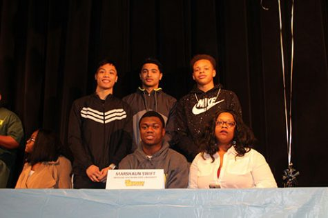Bulldogs sign with colleges